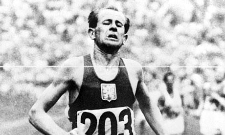 Emil Zátopek champion de la récupération à la bière