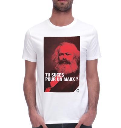 tee-shirt des fist et des lettres