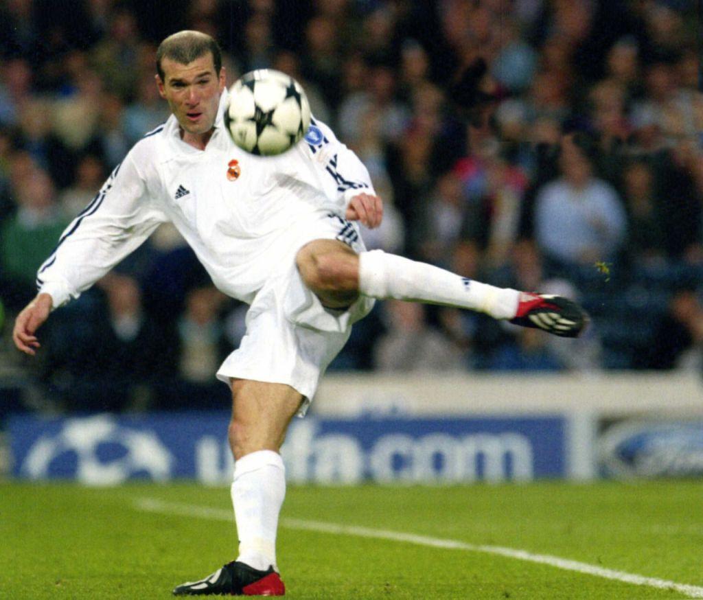 Tu as bien compris que ce n'était pas pour tes talents footbalistique,mais simplement parce que tu étais le seul français de l'équipe