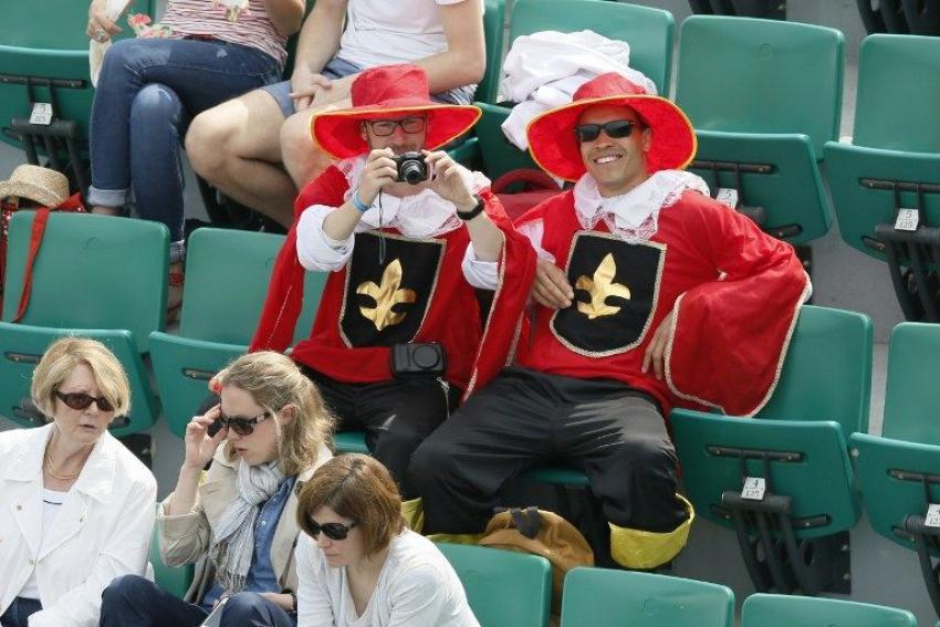 Le public de Roland-Garros qui ne manque pas d'imagination cette année.