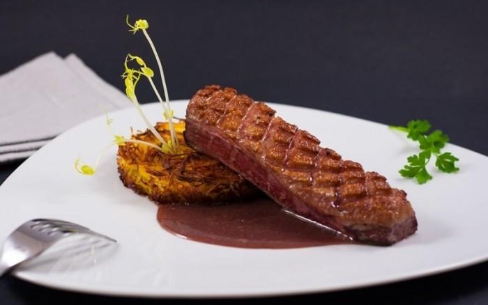 Profitez d'un repas gastronomique sur une croisière à Paris